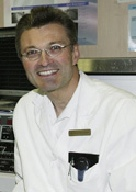 Dr. Bernhard Strohmer